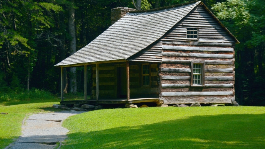All About the Carter Shields Cabin in Cades Cove